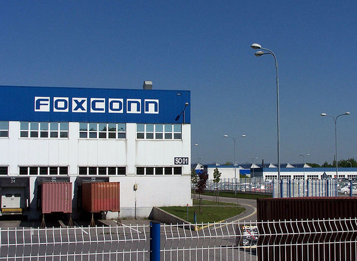 Foxconn-Ups-Wages-1