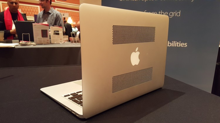 Macbook Powered By Hydrogen Fuel Battery - 3