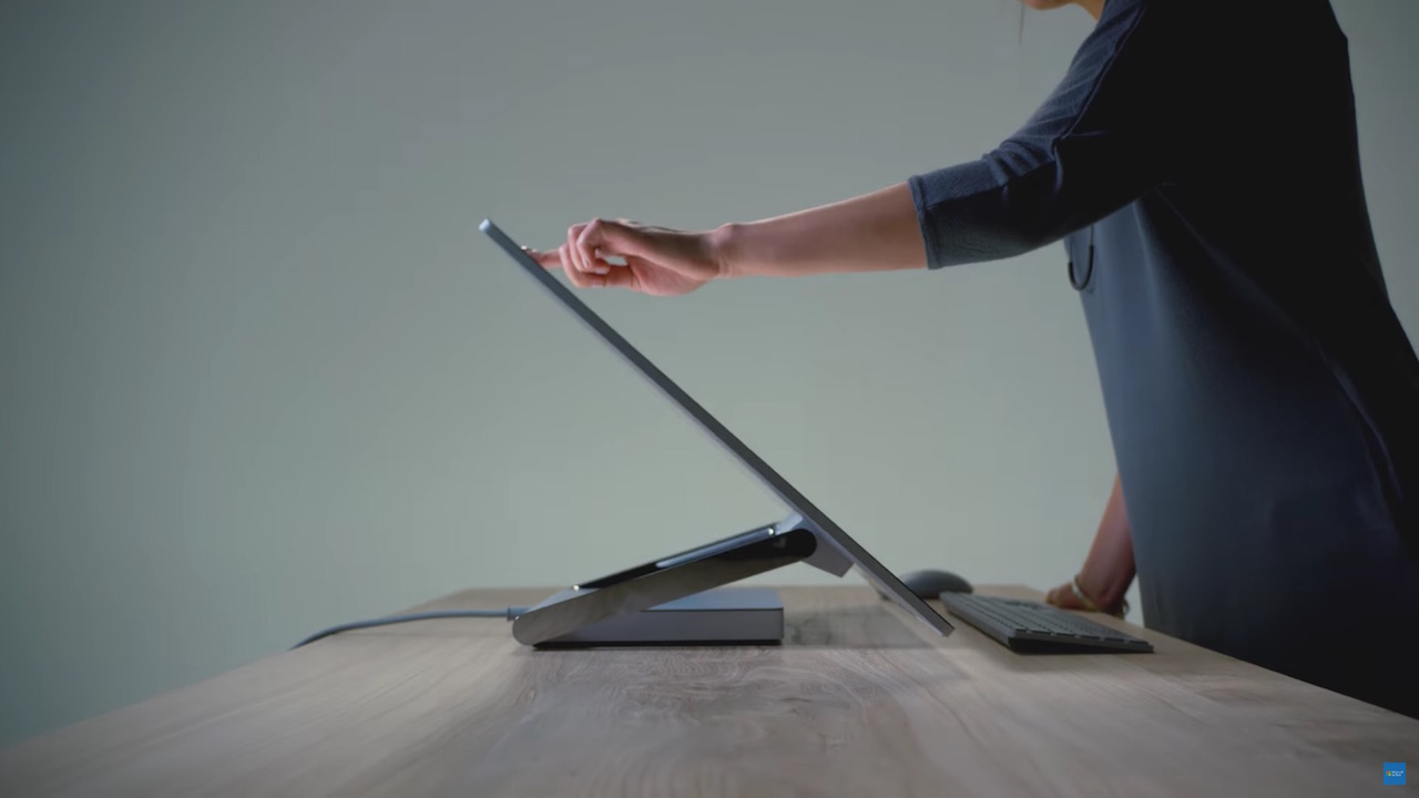 surface-studio-microsoft-first-desktop-1
